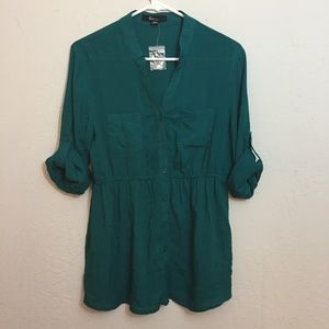 NWOT-XXI-Teal Green Blouse with Elastic Waist